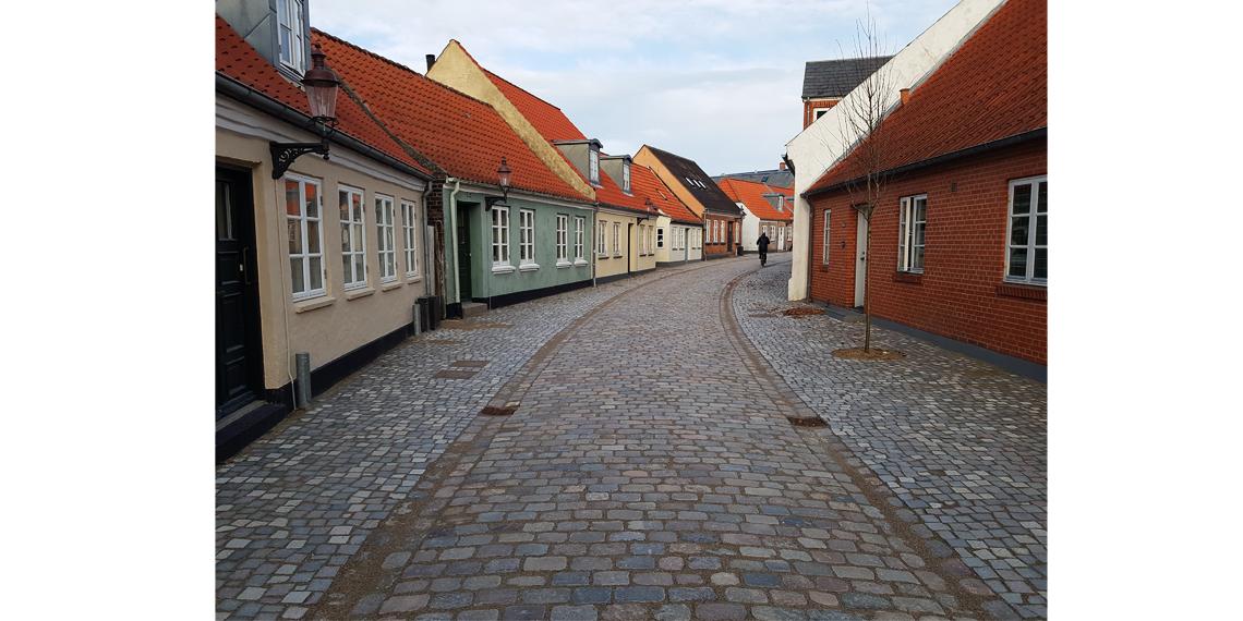Varde-bymidte_Smedegade-efter-renovering